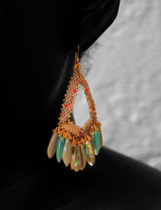 beYOUteous Handcrafted beaded earrings
